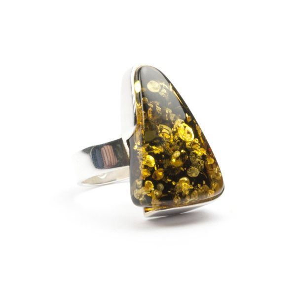 silver-ring-with-natural-baltic-amber-piece-triada-5