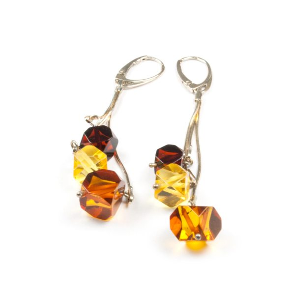 natural-baltic-amber-earrings-with-silver-clasp-macao