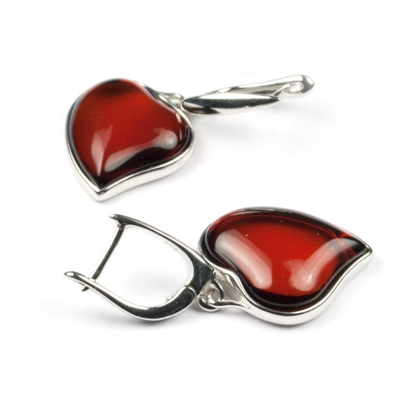 silver-earrings-with-cherry-natural-baltic-amber-two-hearts-3