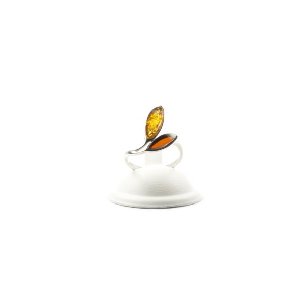 silver-ring-with-natural-baltic-amber-amusement-two-stones-3