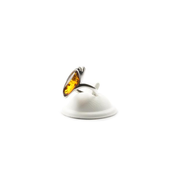 silver-ring-with-natural-baltic-amber-jacqueline-cognac