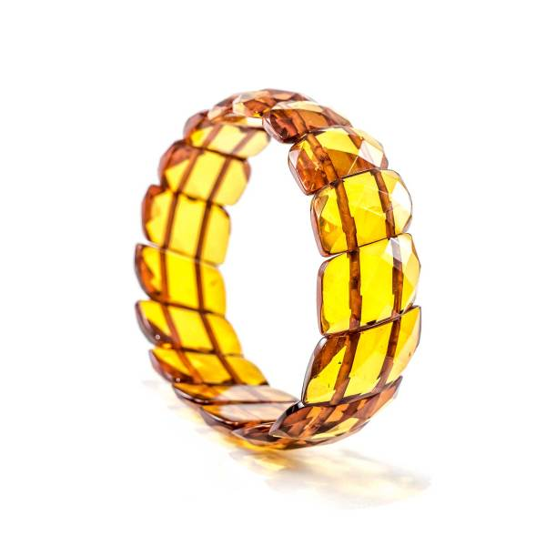 faceted-bracelet-from-natural-baltic-amber-twisted-cognac-side