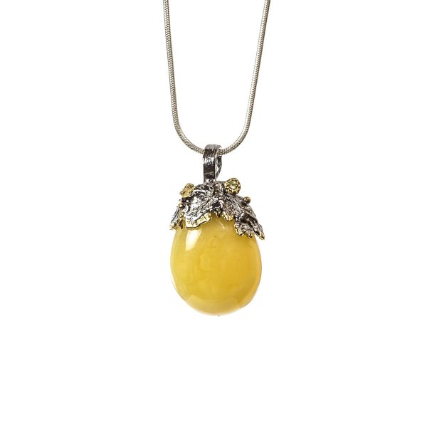 silver-pendant-with-natural-baltic-amber-axestone