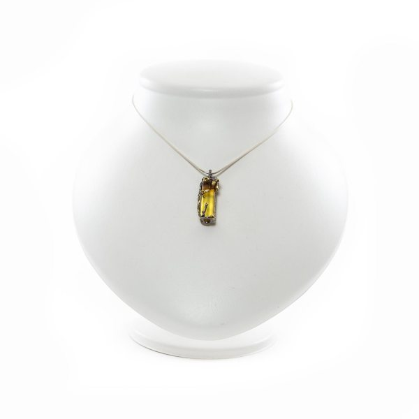 silver-pendant-with-natural-baltic-amber-marmalade