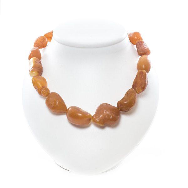 healing-necklace-from-natural-raw-amber-sahara