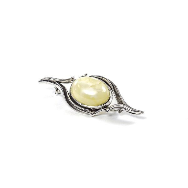 Brooch with yellow amber