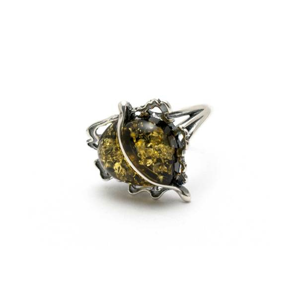 Vintage Silver Ring with Green Sparkling Amber