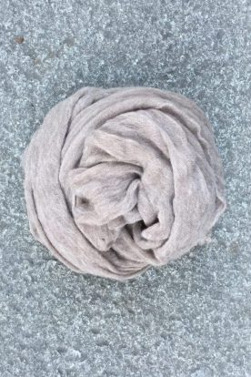 Taupe 'Luxury' skjerf i 100% supersoft cashmere fra Natura Casmere. Medium size: 100*160 cm