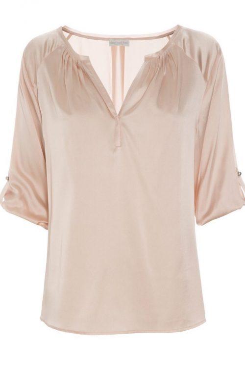 Dus rosa silkebluse med 3/4 erm i stretch silkesatin Dea Kudibal - Natali Tunic 06-118 Stretch silk satin: 95% silk, 5% elastane