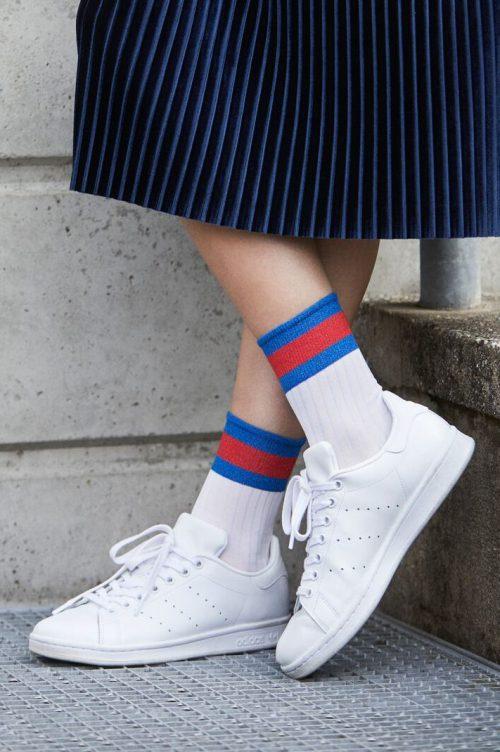 'Betina' hvit med blå og røde striper ankelsokk MP Denmark - 77521-651