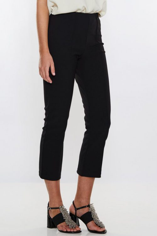 Hvit eller sort cropped bukse By Malene Birger - viggie q2831013