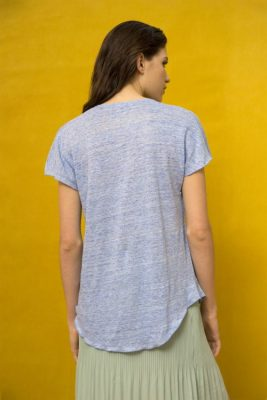 Hvit eller sort linetopp Cathrine Hammel - 202.118 linnen t-shirt Vist i en annen farge enn bestilt.