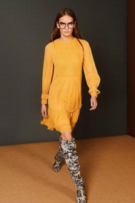 Gul kjole med smokingfelt Munthe - penny