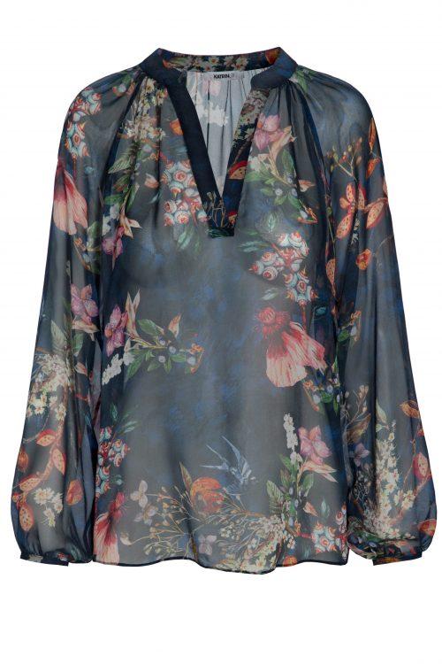 Vakker blåblomstret chiffonbluse Katrin Uri - 418 nightingale blouse