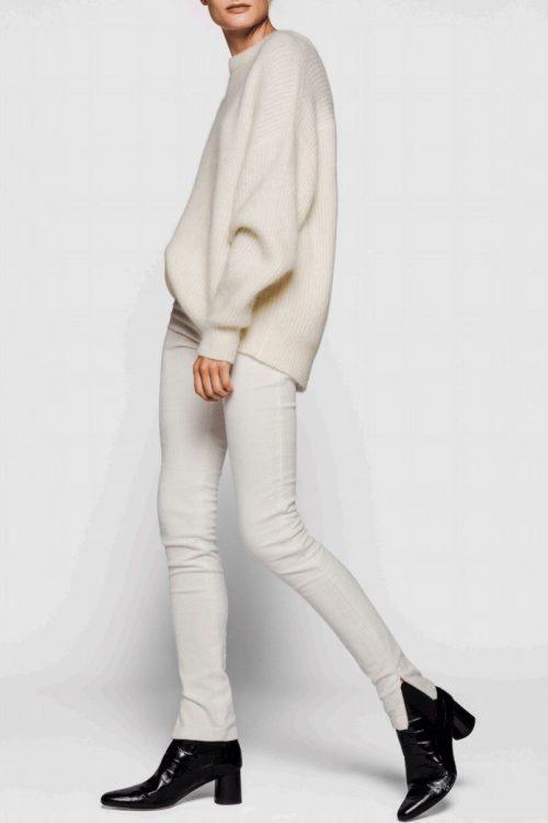 Offwhite eller camel ribbet kidmohairmix storgenser One & Another - monacco mohair