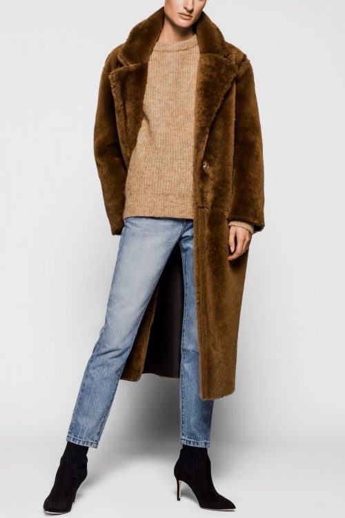 Supertrendy cognacbrun shearling lammeskinnskåpe One & Other - mongolia coat
