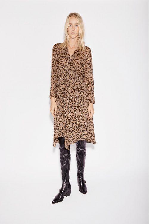 Brun leomønstret kjole med volanger Munthe - Nile