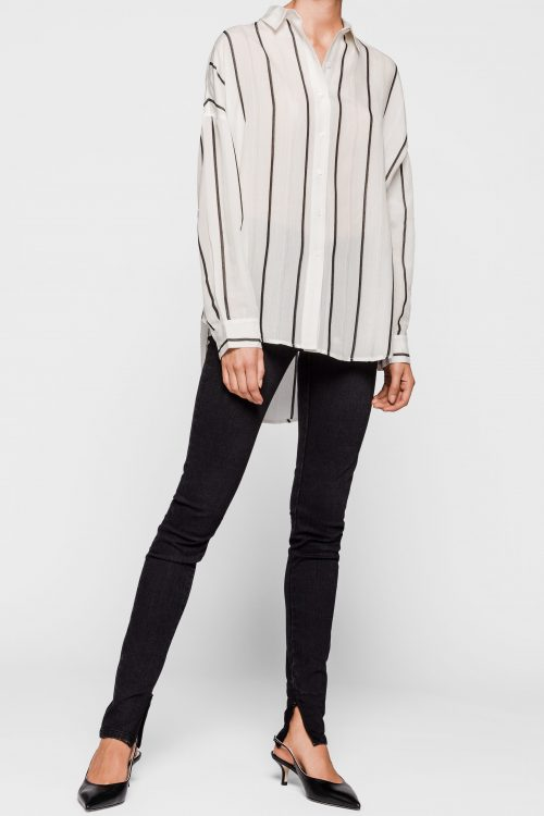 Offwhite med sorte striper tencel/rayon storskjorte One & Other - holiday shirt