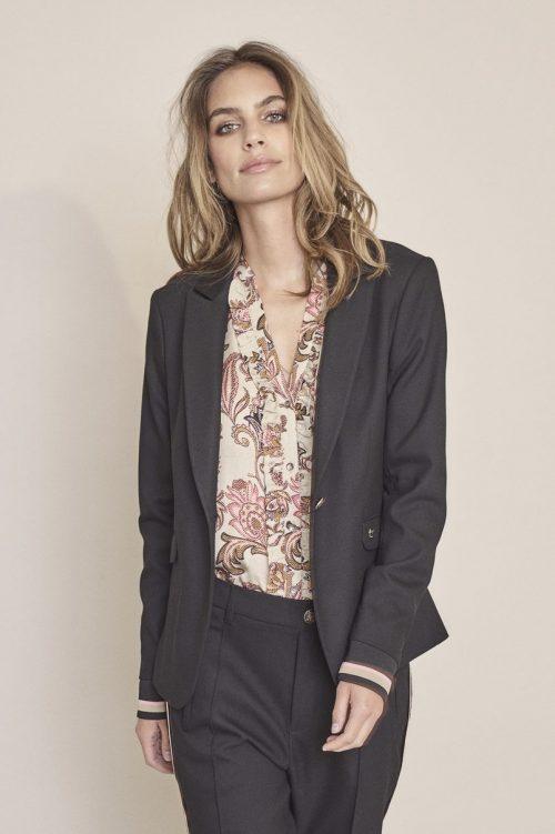 Beige med roser viskose v-bluse Mos Mosh - 129872 damia weave shirt