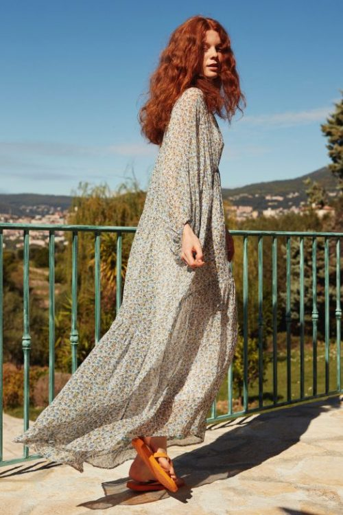 Lyseblågrønnmønstret lang krinklet viskosekjole Katrin Uri - 608 cloves moon dress