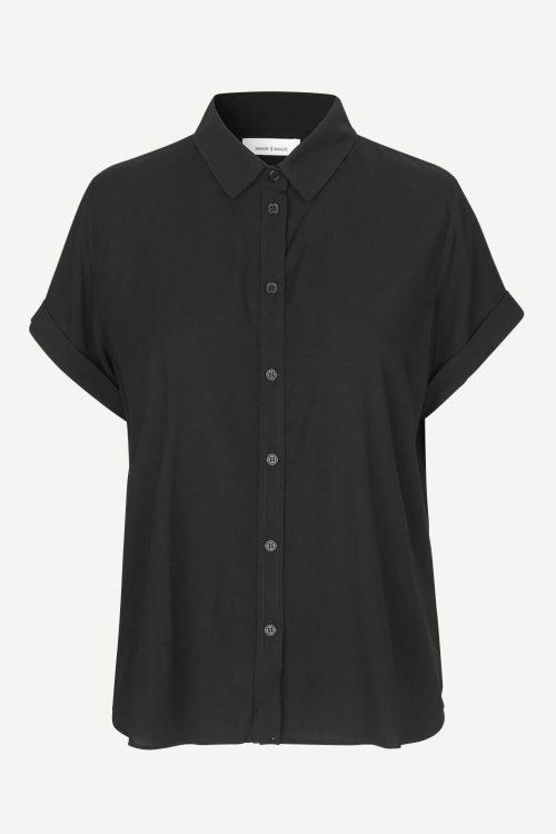 Sort viskose skjorte med kort erm og legg bak Samsøe - 9942 majan ss shirt