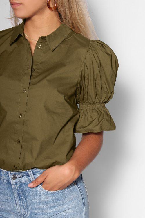 Armygrønn organisk bomull kortermet skjorte Gestuz - cassia