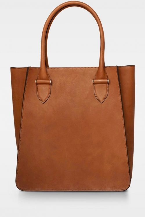 Cognac stor corporate shopper (plass til pc) i vegetal skinnkvalitet Decadent Copenhagen – 236 phoebe big tote vegital black Bredde/høyde/dybde: 31/33/13 cm