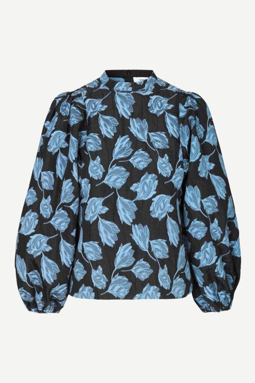 Blåmønstret bluse med puffermer Samsøe - Harriet blouse 13045