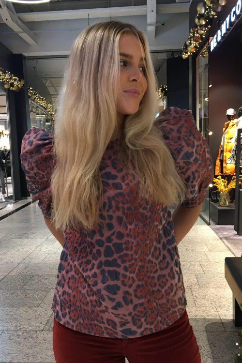 Rød leopardmønstret bluse med puffermer Samsøe - Celestina blouse 12942