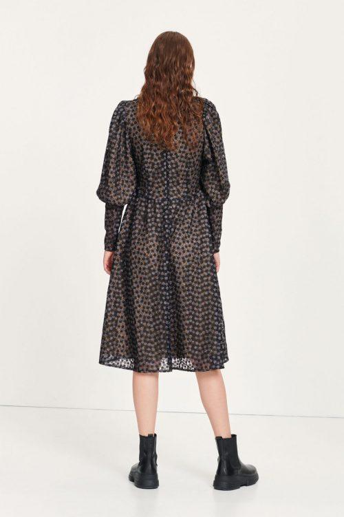 Sortmønstret kjole med lange mansjetter Samsøe - pimo dress