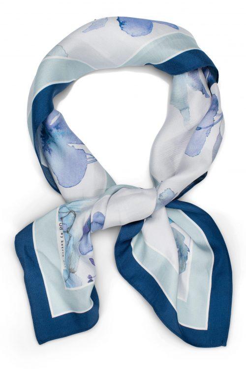 Fleur blue lite silke skjerf Katrin Uri - 974 Mål: 70 x 70 cm