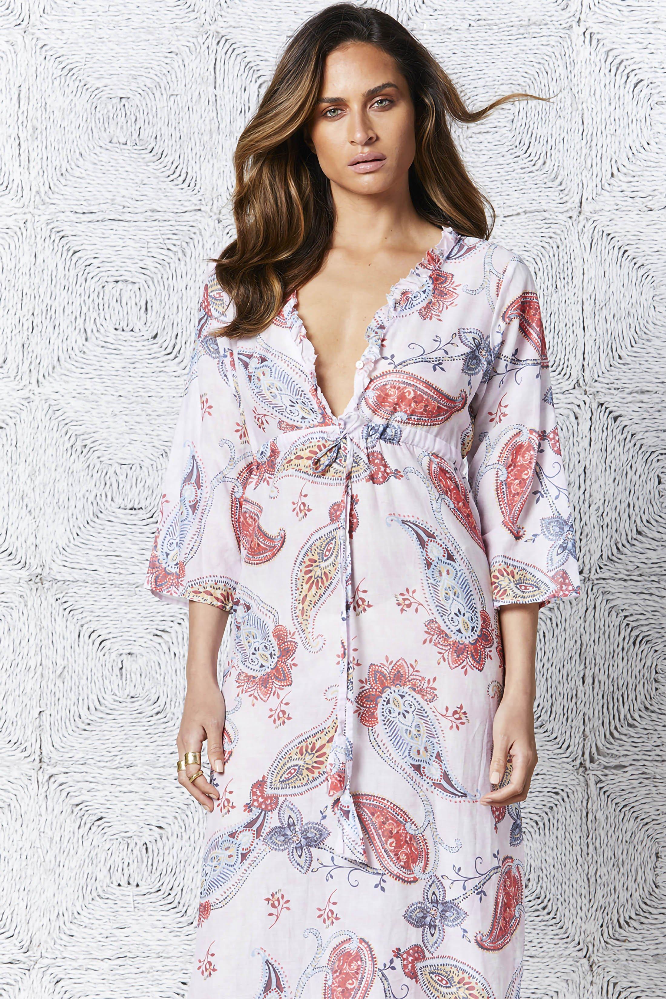 Hvit med rosa paisley lang bomull kjole OneSeason - croatia long byron