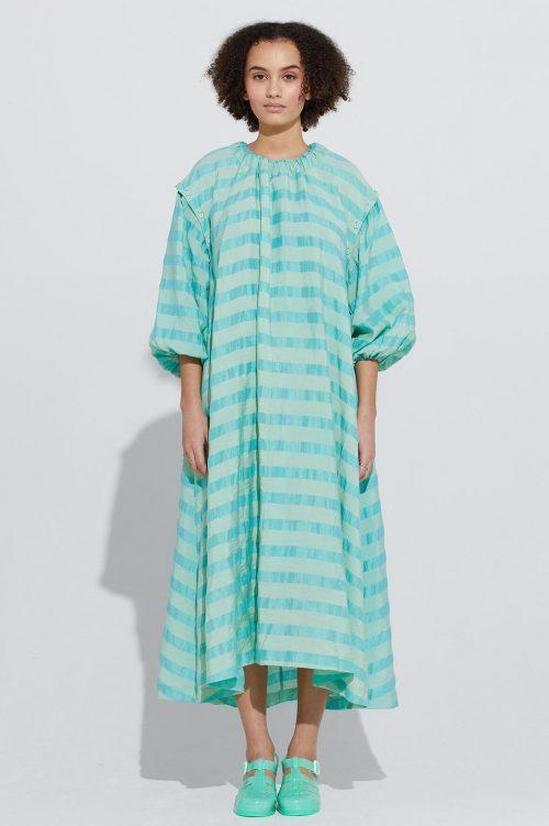 Stripet turkisblå kjole med avtagbar ermer Ilag - tristein dress
