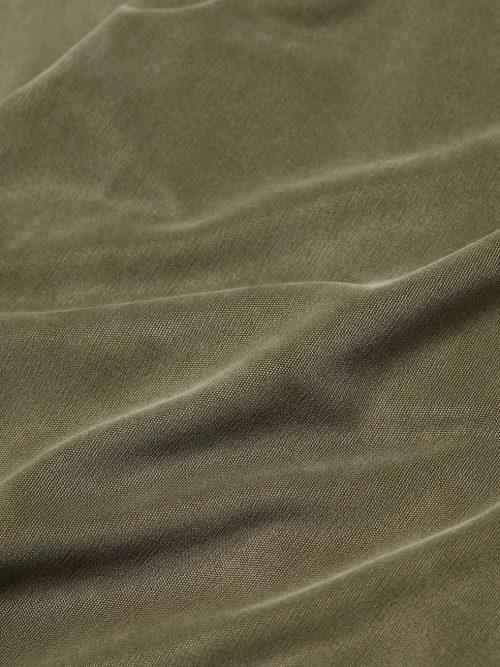 Marine eller lindegrønn silk touch cuproviskose med v-hals Majestic - m243 fts 159 Marine eller lindegrønn silk touch cuproviskose viddebukse Majestic - m243 fpa 007