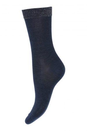 Blå ull/silke sokk med mettalic kant MP Denmark - 79613-590 48% Superwash Uld / 30% Polyamide / 16% Silke / 3% Metallic / 3% Elastane
