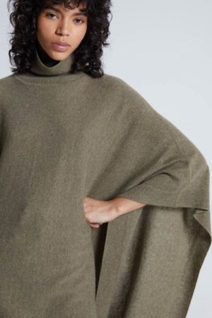 Olivenmelert 100% mongolsk cashmere lang poncho med polohals Notshy - nelly