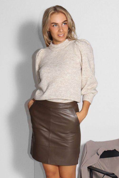 White sand melange alpakkamiks genser med 3/4 erm og puffskuldre Gestuz - alpha ss pullover