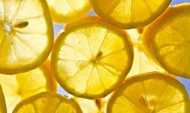 benefici limone 5 modi in cui utilizzare il limone per la bellezza quotidiana