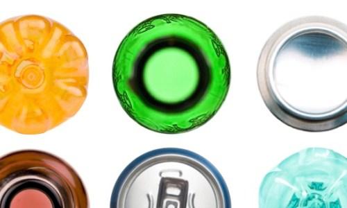 In Italia ogni anno si sprecano sette miliardi di contenitori per bevande