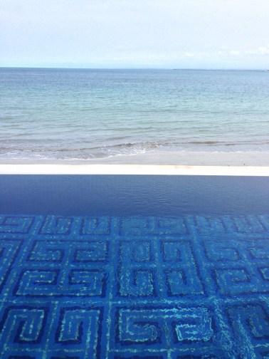The infinity pool overlooking the Jimbaran bay