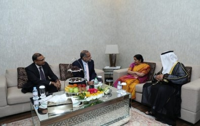 Sushma Swaraj to address OIC Foreign Ministers plenary session in Abu Dhabi