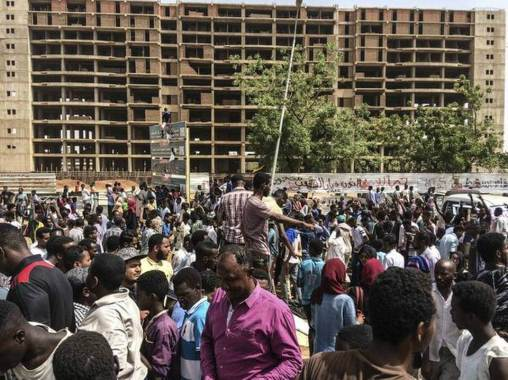 Sudan President Omar al-Bashir ousted, placed under arrest