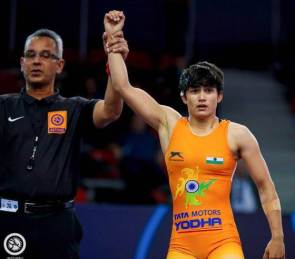 World Wrestling C'ships: Pooja wins silver