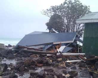 Cyclone Tino hits Fiji