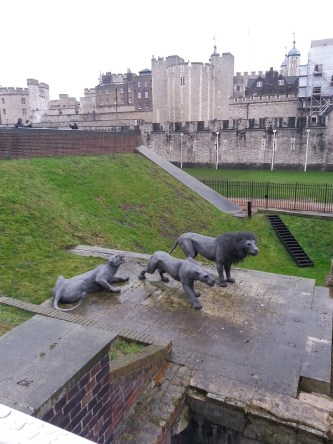 Tower of London, animal statues to commemorate its once status as royal menagerie