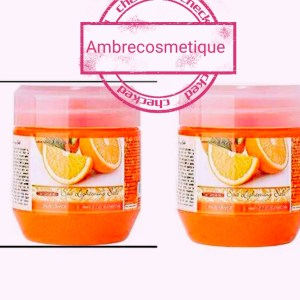 CAREBEAU GOMMAGE ULTRA ECLAIRCISSANT ORANGE AHA ACIDES DE FRUITS 700G