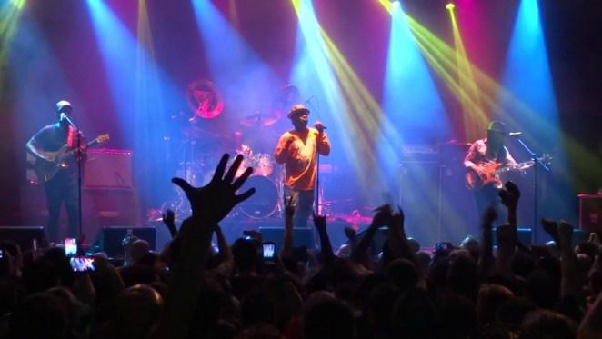 """Living Colour reafirma a relevância do clássico """"Vivid"""" em show impecável no Rio   Música   Revista Ambrosia"""