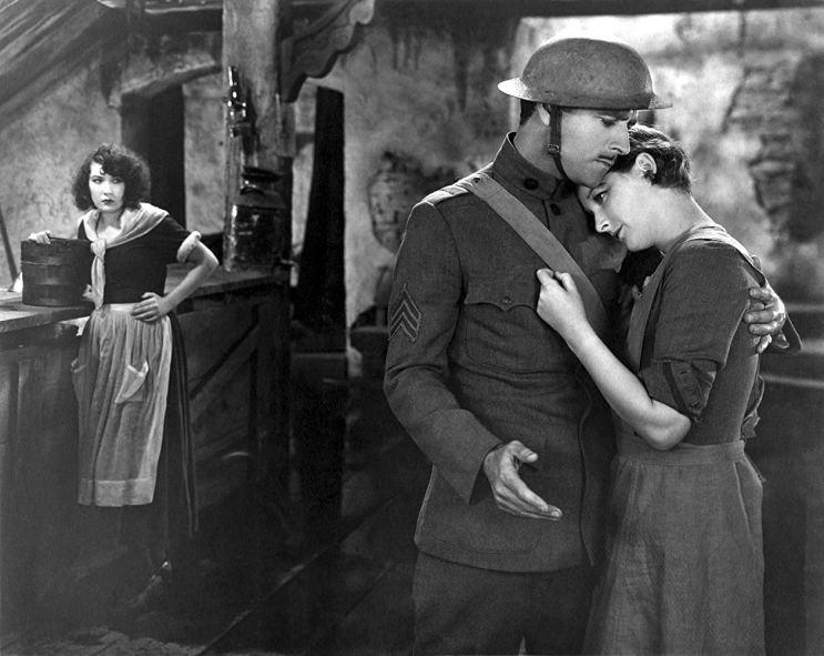 - cinema She Goes to War - De 1919 a 1958, de filmes de guerra a musicais, o terceiro dia do Cinema Ritrovato