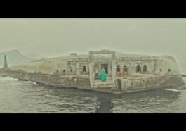 """Mi Kaev faz um mergulho profundo no clipe """"Rivers""""   Música   Revista Ambrosia"""