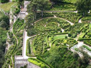 hanging-gardens-marqueyssac-luxury-yoga-retreat-france